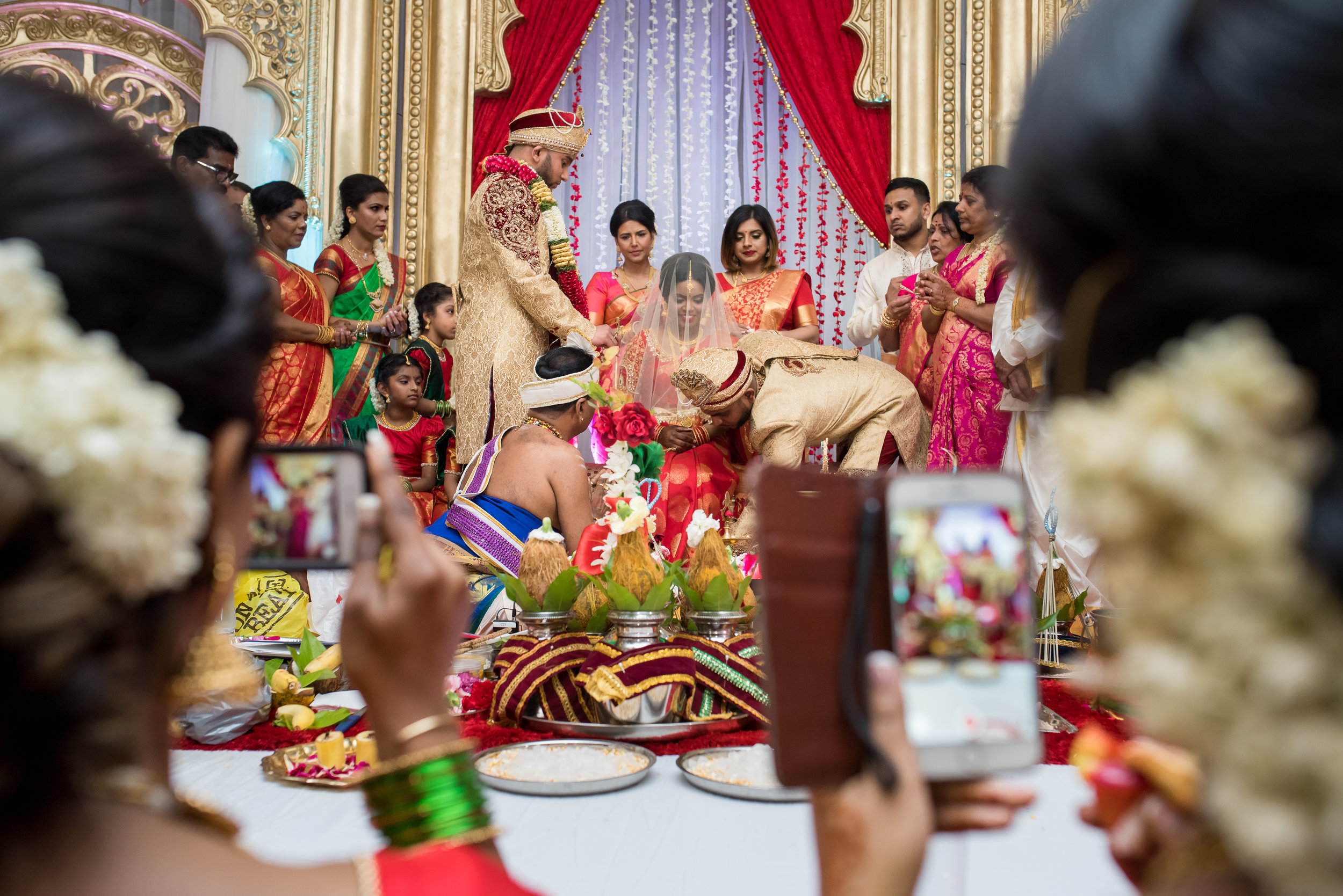 Be a responsible loved one! If you must snap the Thaali moment, keep it off the stage <3