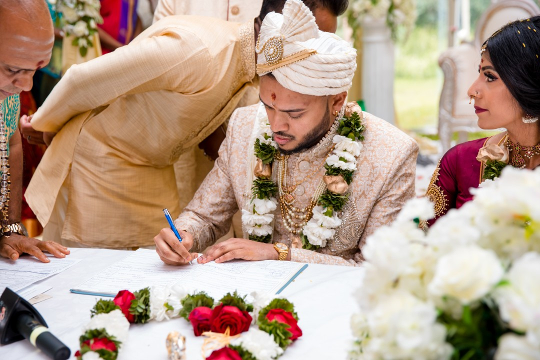Ilakkiya & Ragun - Wedding & Reception - Edited-576.jpg