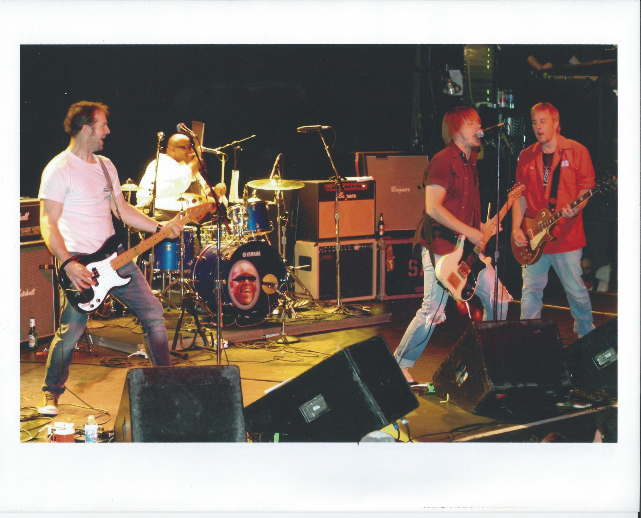 SA_1stAve2007.jpg
