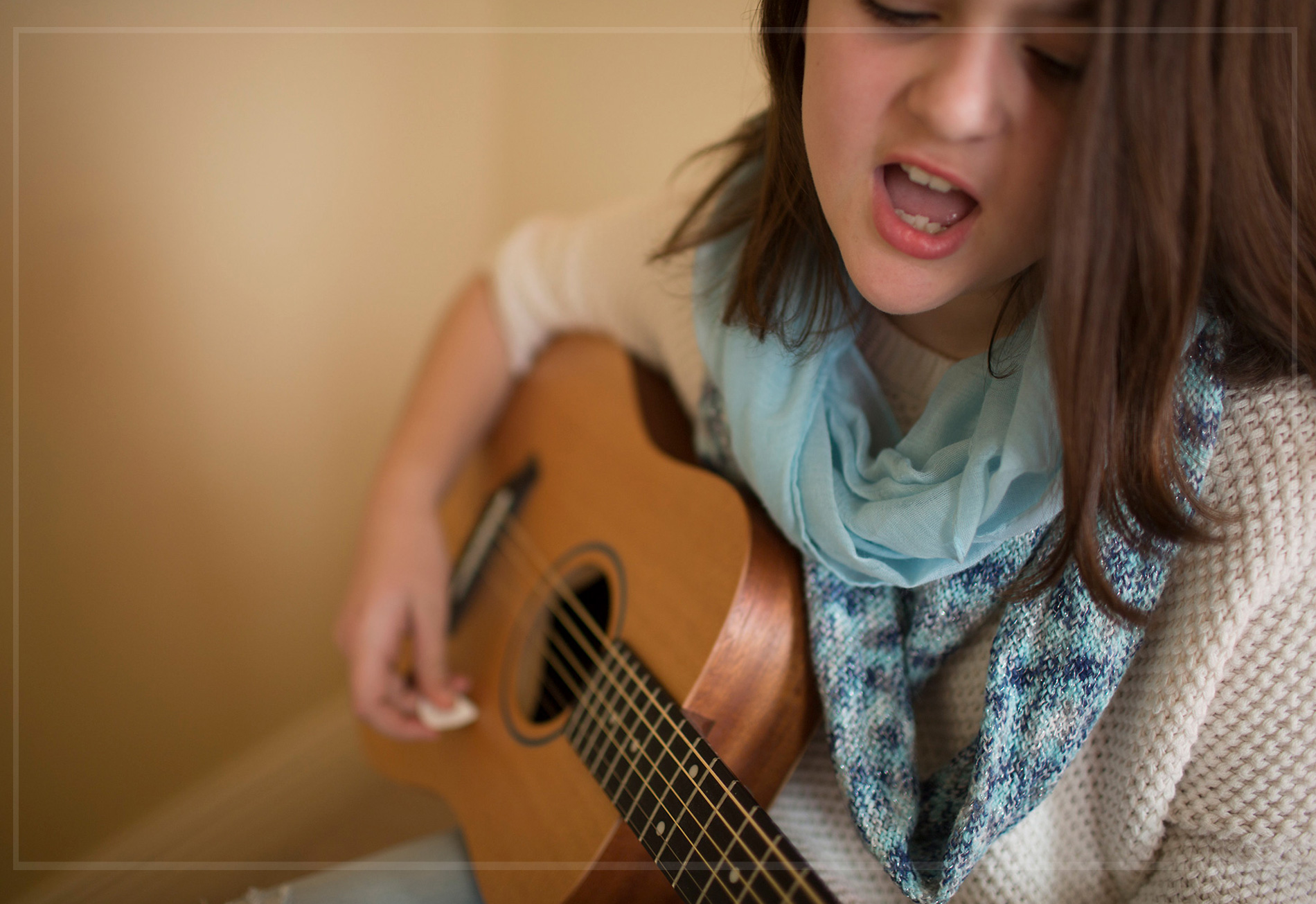 northwest-arkansas-rogers-tween-young-musician-photo-session-sunny-skaggs-photography.jpg