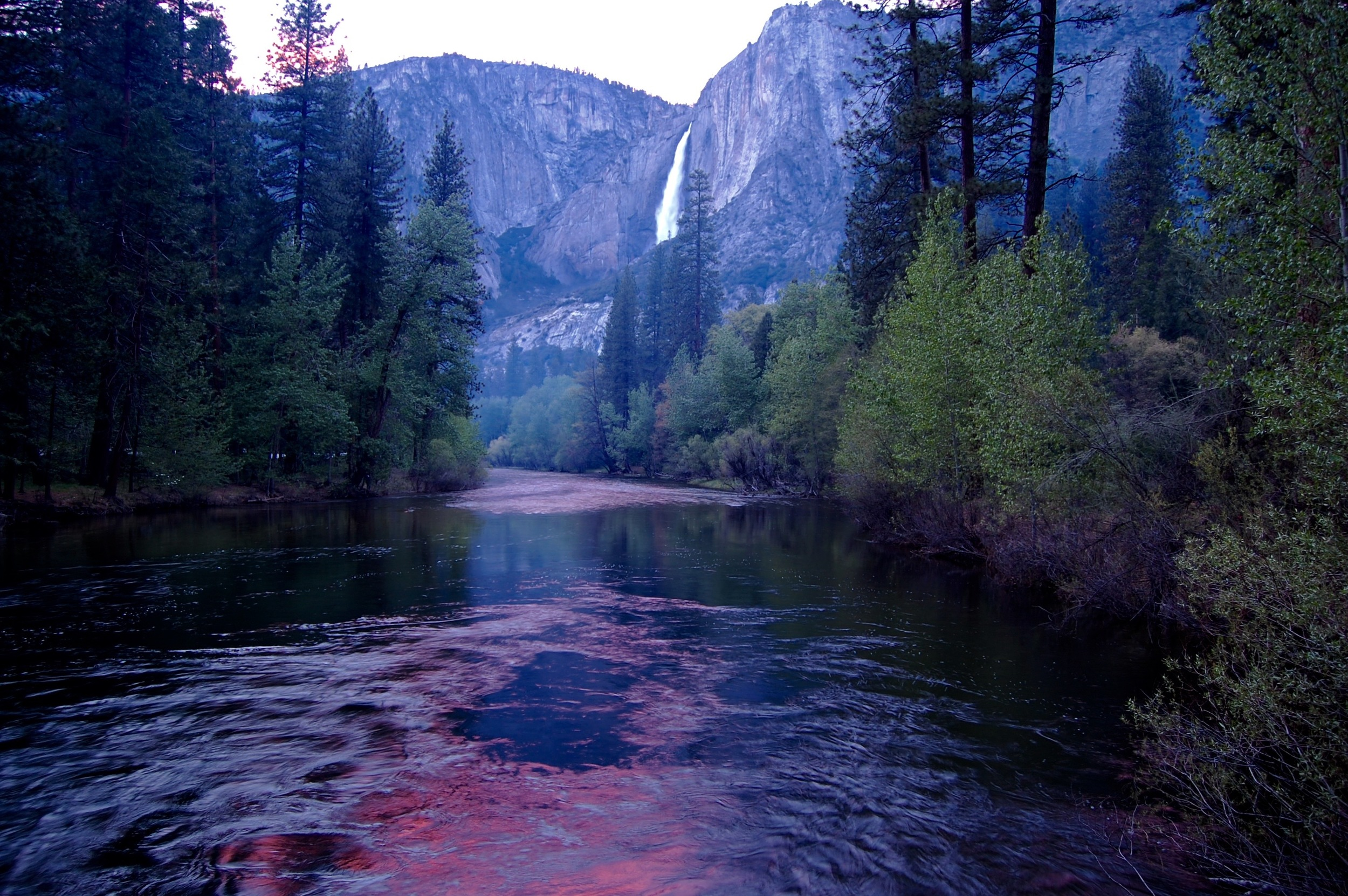 Yosemite National Park, Yosemite Falls at sunset
