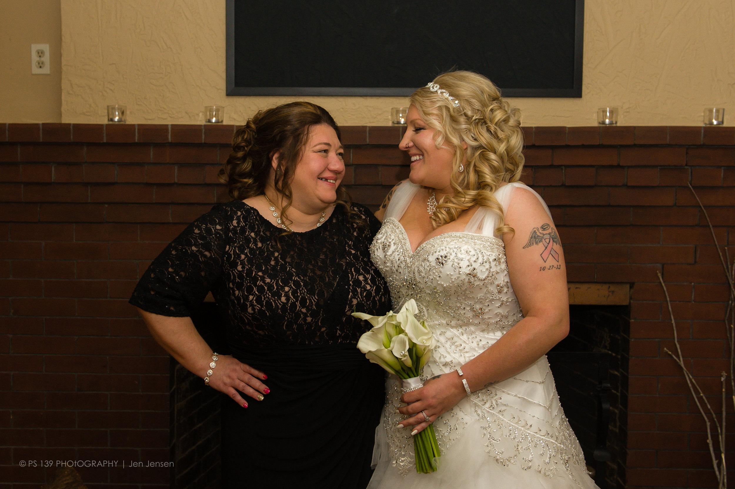 12-1196 - lacey leroy bayfield washburn wi wedding elopement.jpg
