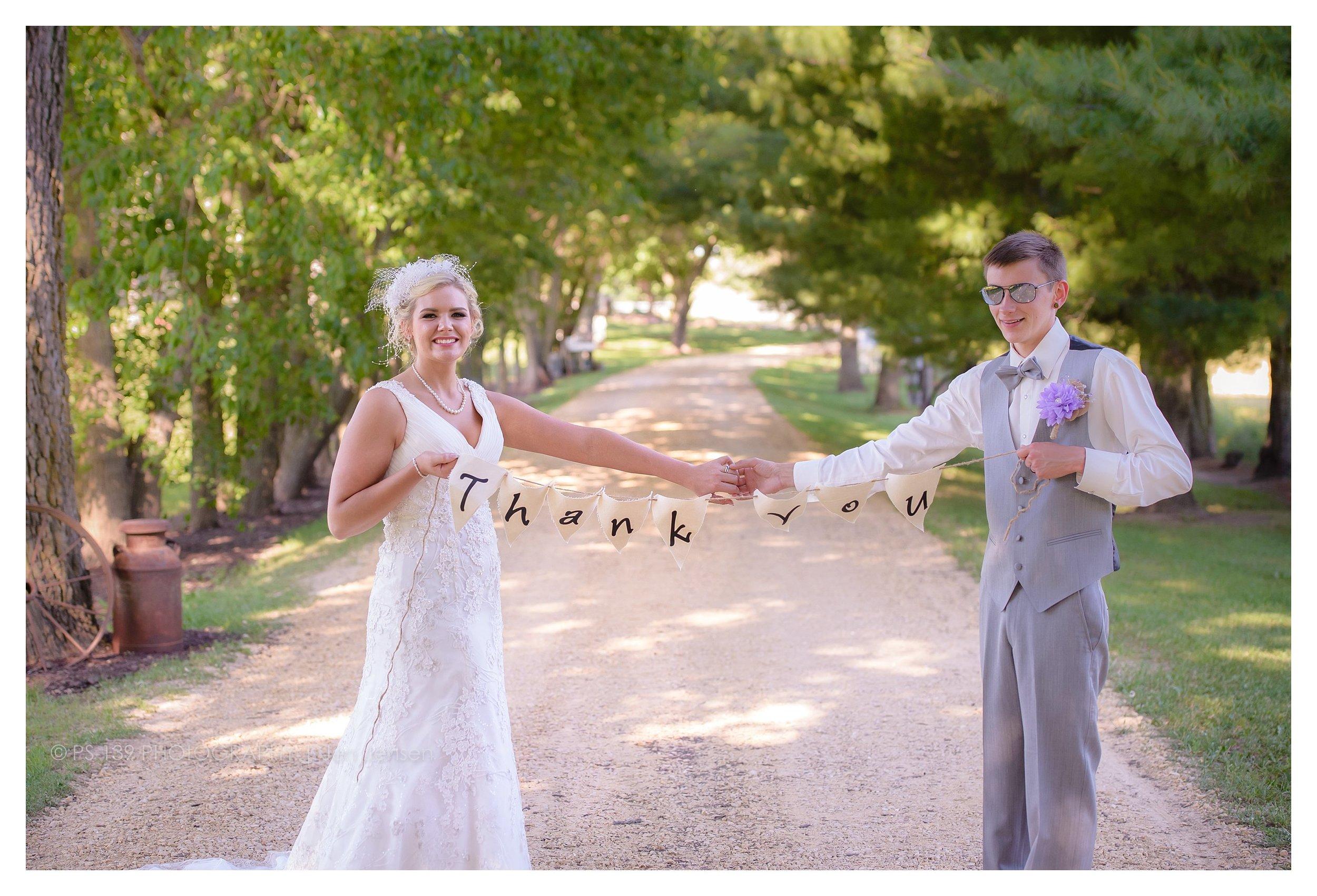 oregon Illinois oak lane farm wisconsin wedding photographer bayfield wi ps 139 photography jen jensen_0233.jpg