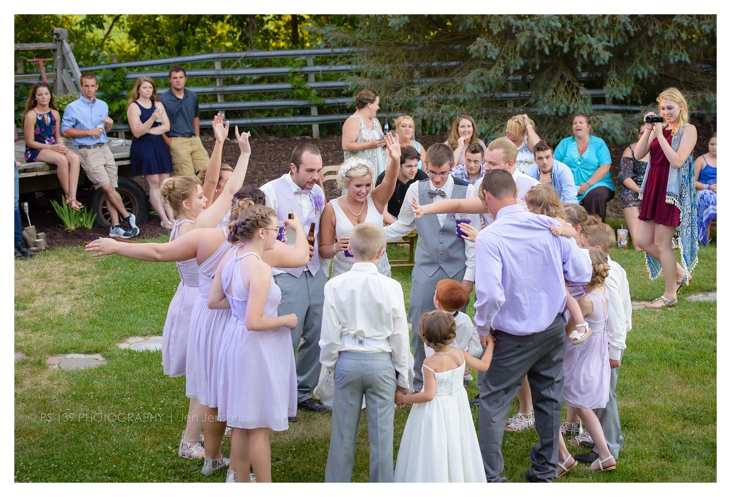 oregon Illinois oak lane farm wisconsin wedding photographer bayfield wi ps 139 photography jen jensen_0251.jpg