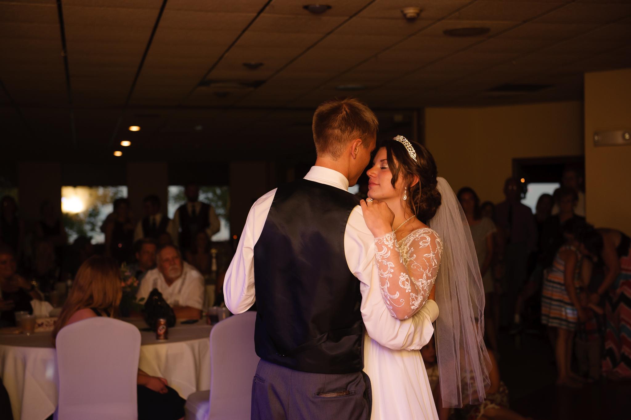 45-ashland washburn wedding photography700_6155.jpg