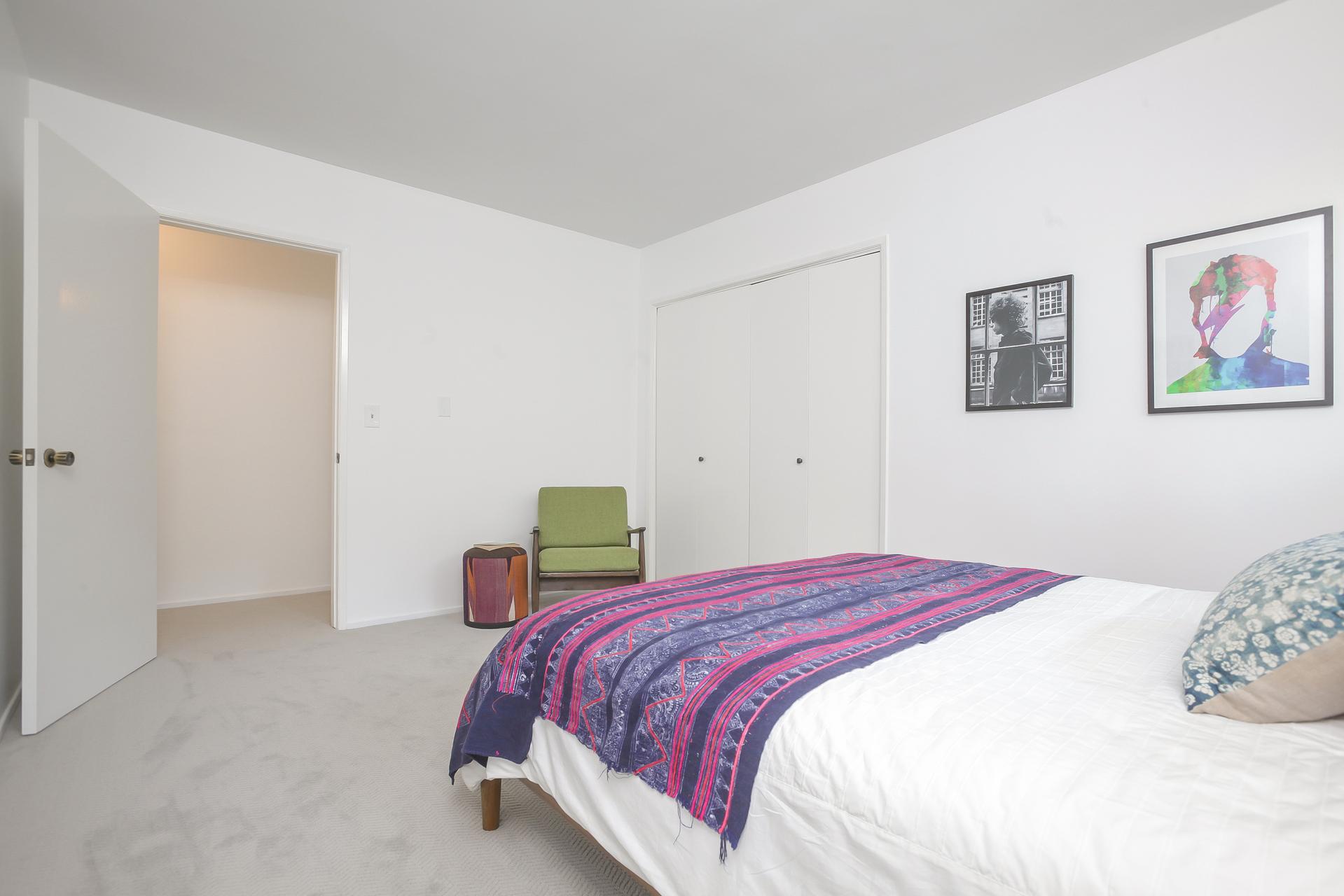 024-1st_Bedroom_next_to_laundry_room-4443091-medium.jpg