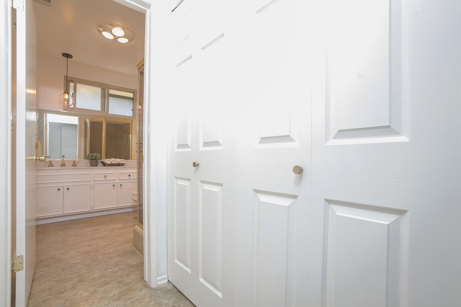 025-Laundry_Room__front_bathroom-4443092-medium.jpg