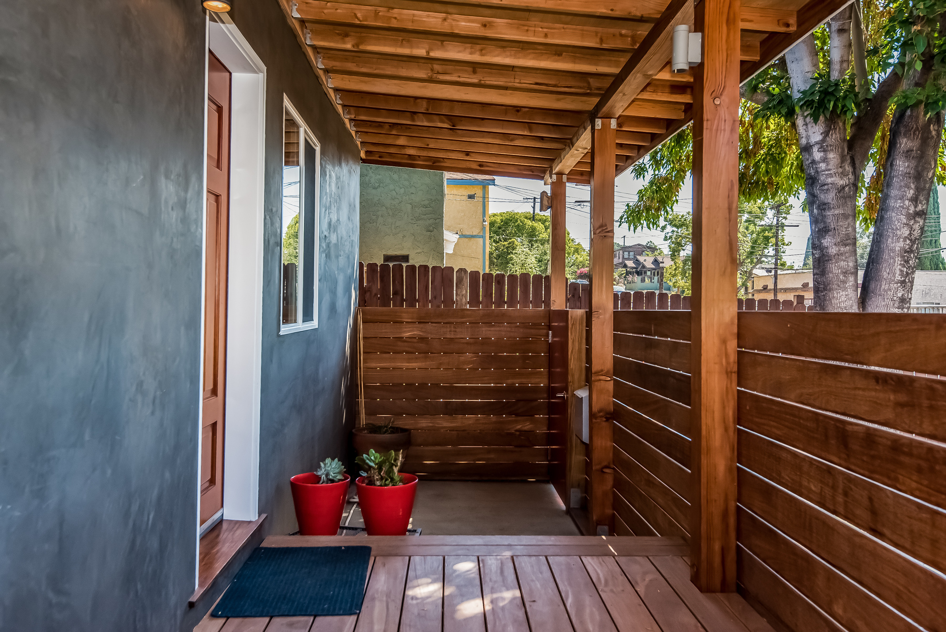 006-Covered_Porch-3114593-medium.jpg