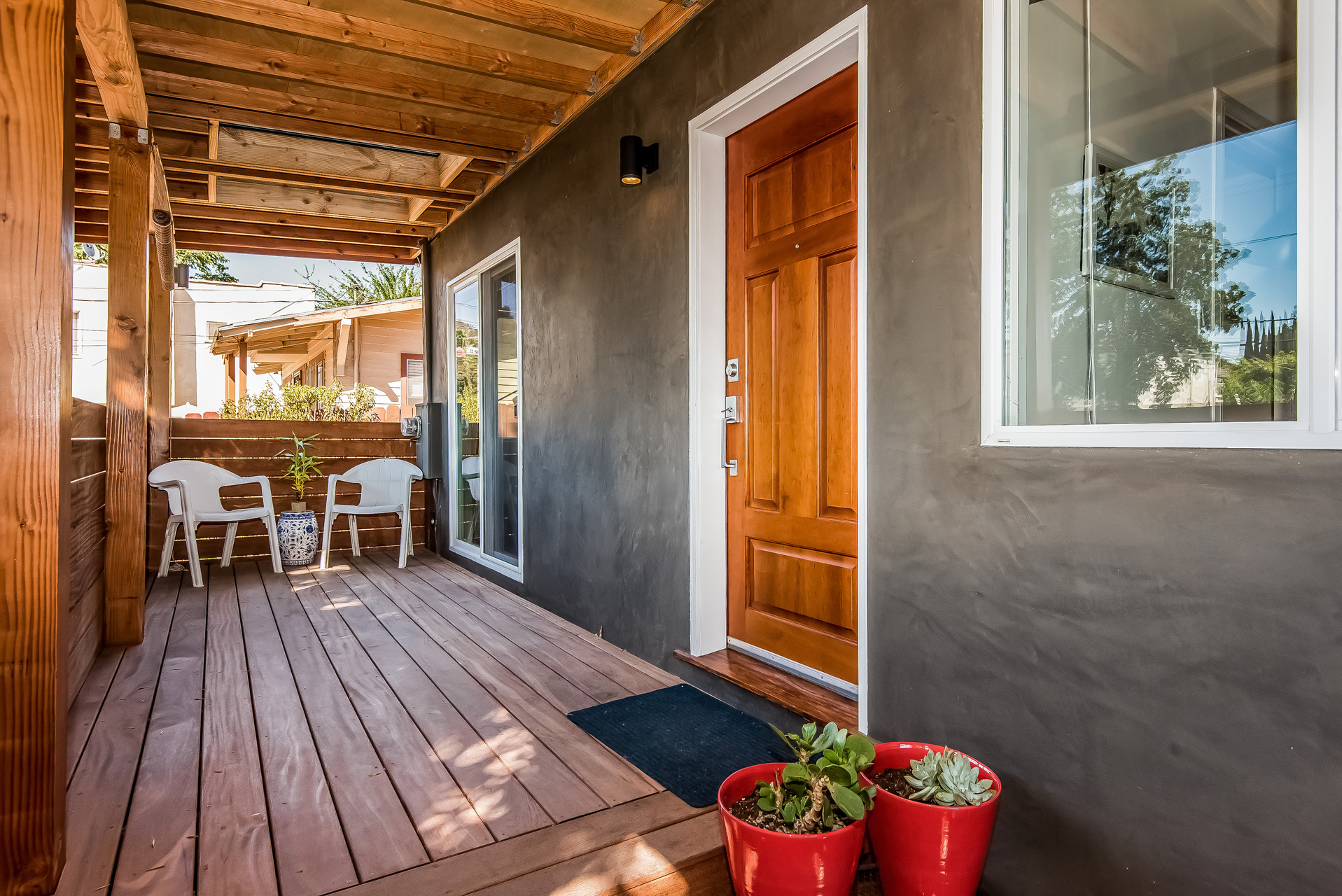 007-Covered_Porch-3114589-medium.jpg