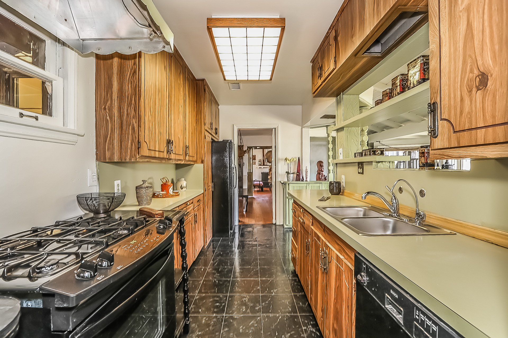 012-Kitchen-755797-medium.jpg