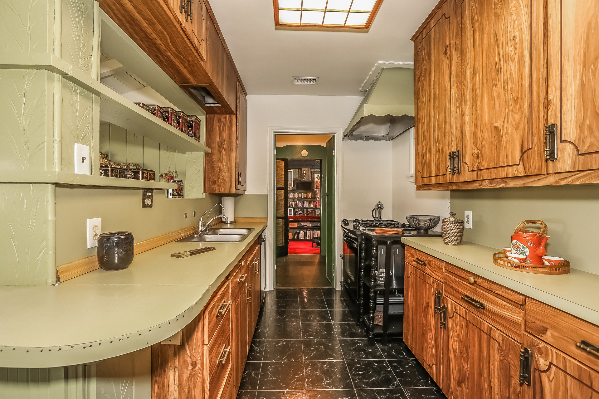 013-Kitchen-755798-medium.jpg