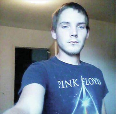 jesse-leopold-selfie-400x394.jpg