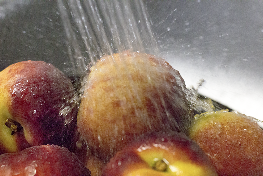 washing-peaches.png