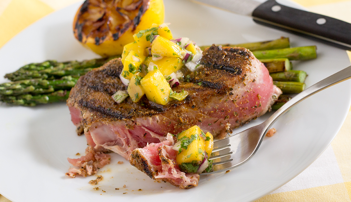 Blackened Tuna Steak Mango Salsa-6262.jpg