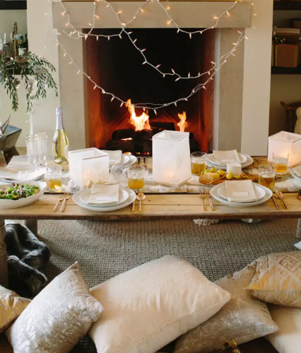 Casual fireside dining for four   source