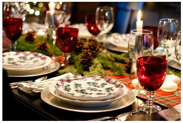 Winter green and plaid Christmas theme tablescape   source