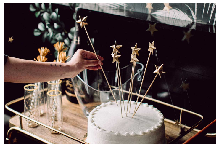 New Year's Party Cake   source
