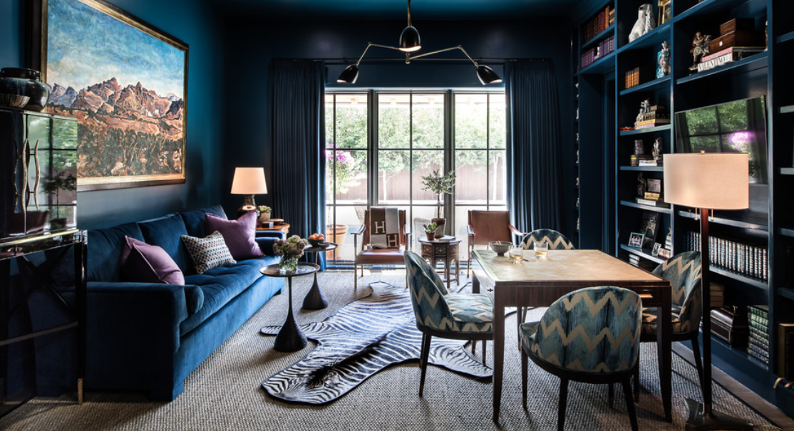 Blue livinig room by Jan Jones. Source:   Houzz