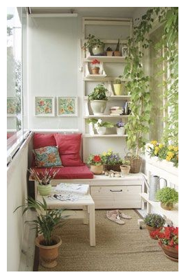 Wall garden and bench on balcony  source