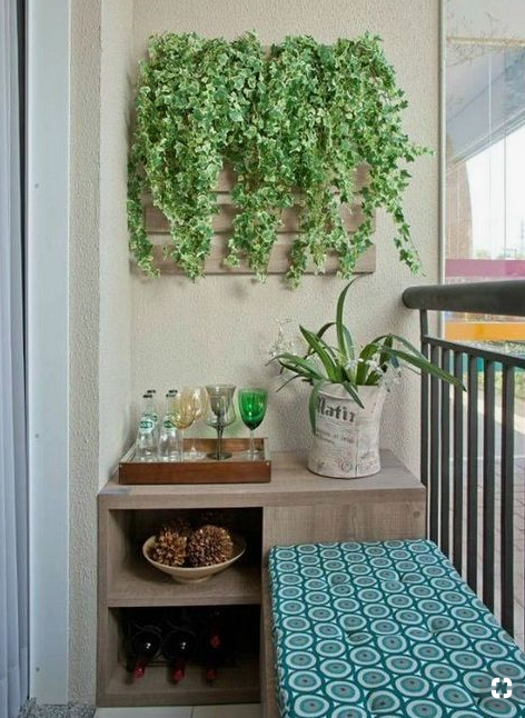 Vertical gardening on wall pallet  source