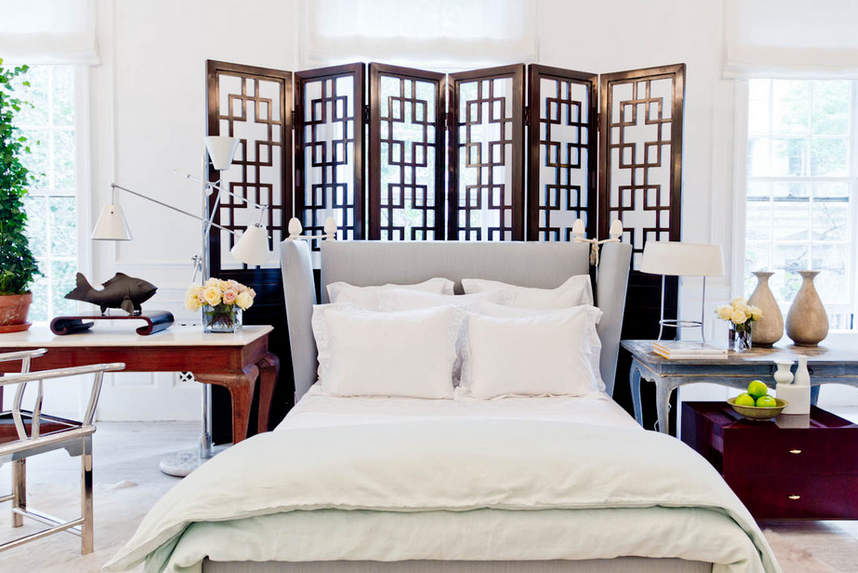 Divider screen as decorative headboard source Houzz for Vincente Wolf for ALB, photographers Rikki Snyder