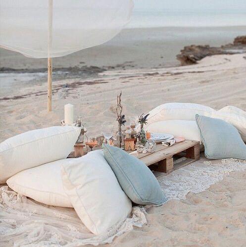 Beach theme picnic   source