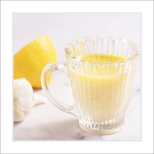 Creamy Lemon Garlic Vinaigrette  Whipping up a fresh Vinaigrette is so easy to do.  You get to select the flavors, make it healthy and delicious to suit your taste. Discover the #recipe for this Vinaigrette via the link in my profile.  #recipes #vinaigrette #lemonvinaigrette #lemongarlicvinegarette #saladdressing #lemonsaladdressing #foodphotography #foodie #foodies #foodporn #foodpornography #lemon #creamylemonvinaigrette