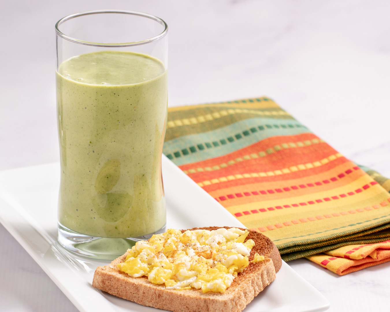 Breakfast Green Smoothie, Toast and Scrambled Egg