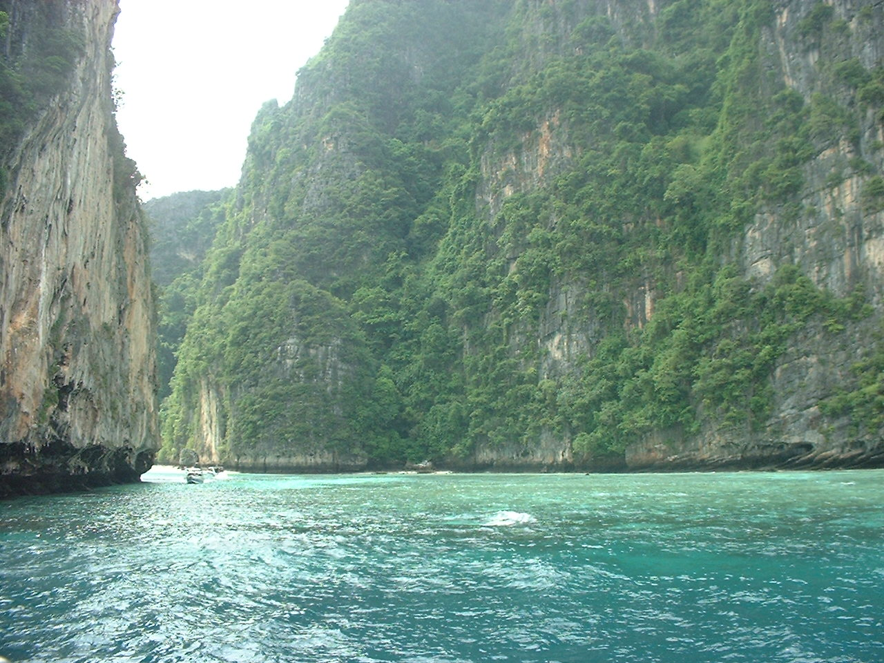 An impressive view of some sea-side walls during a day trip to a favorite dive spot.