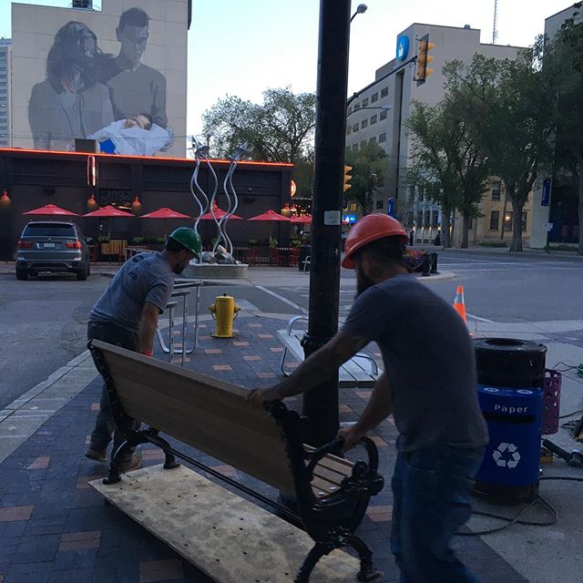 Late shift with the mailmen. If ya know, ya know. #saskatoonmusicalchairs #scmyxe #yxe #dtnyxe #schwinghammered #schwinghammeryxe