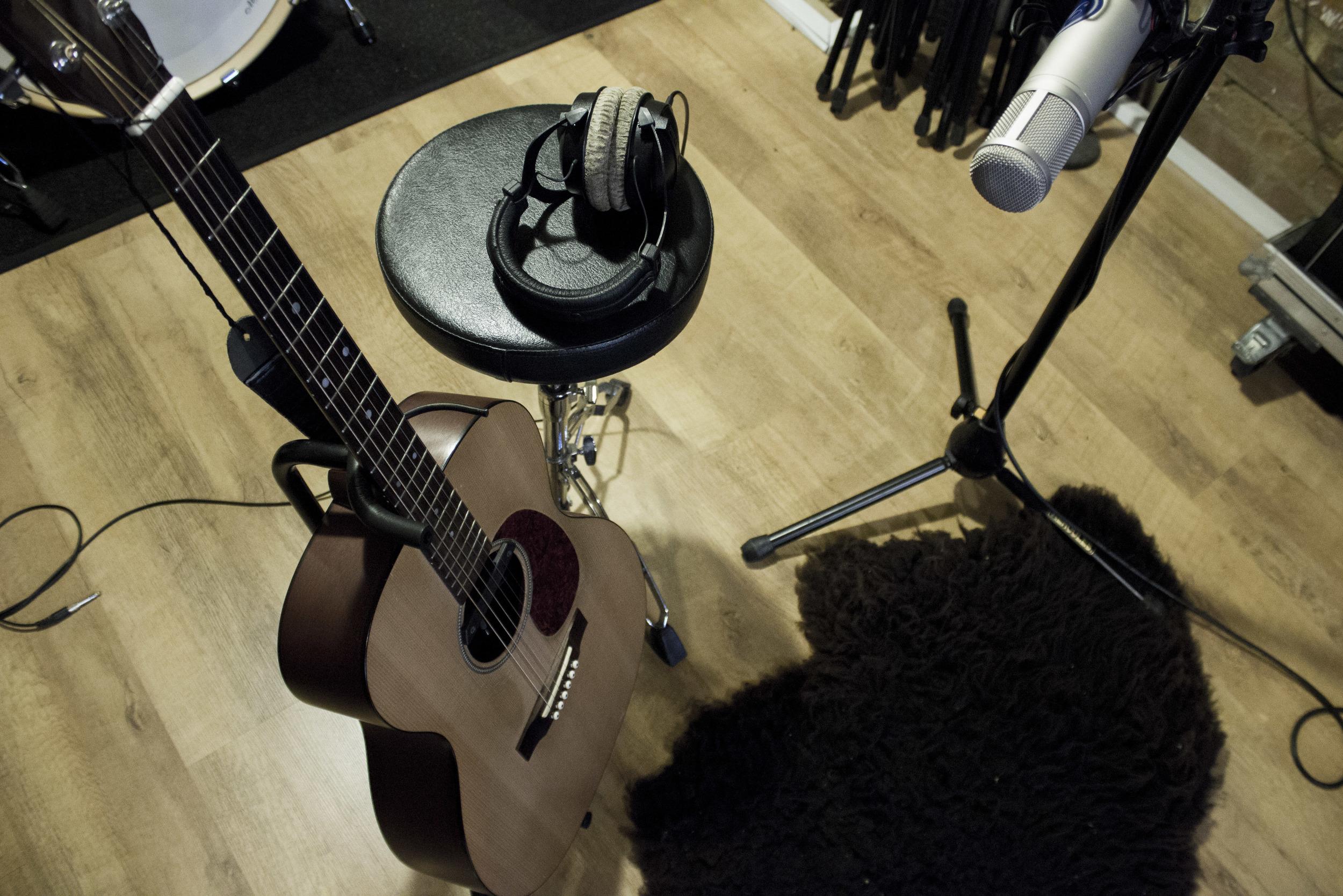 Acoustic Guitar recording mic Setup