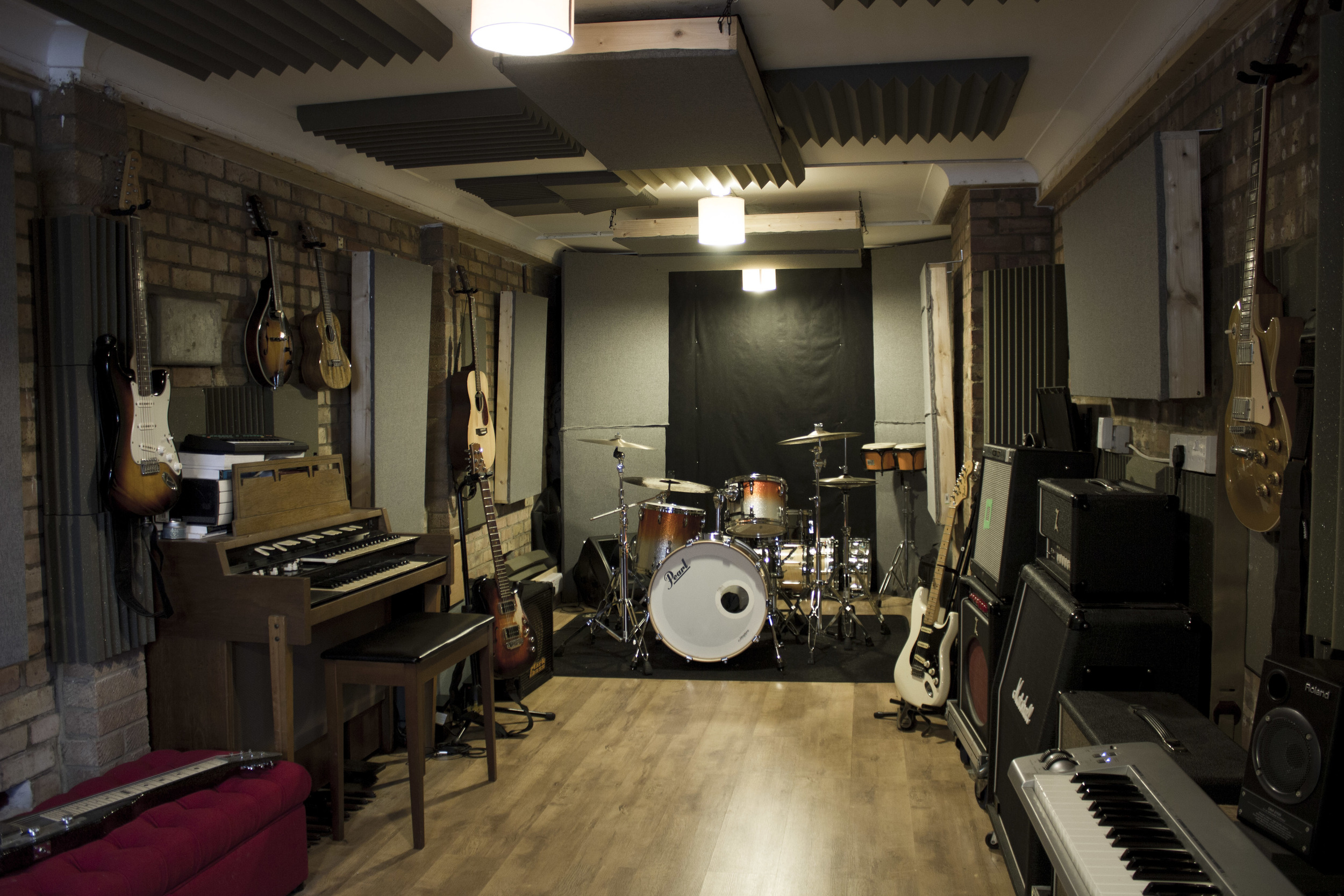 Live room and instruments