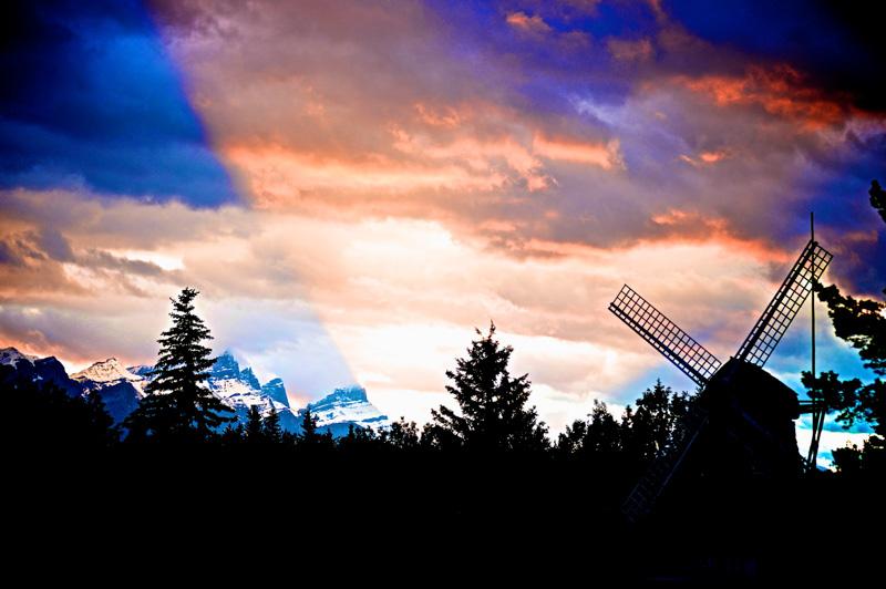 Dusk at a forgotten Windmill