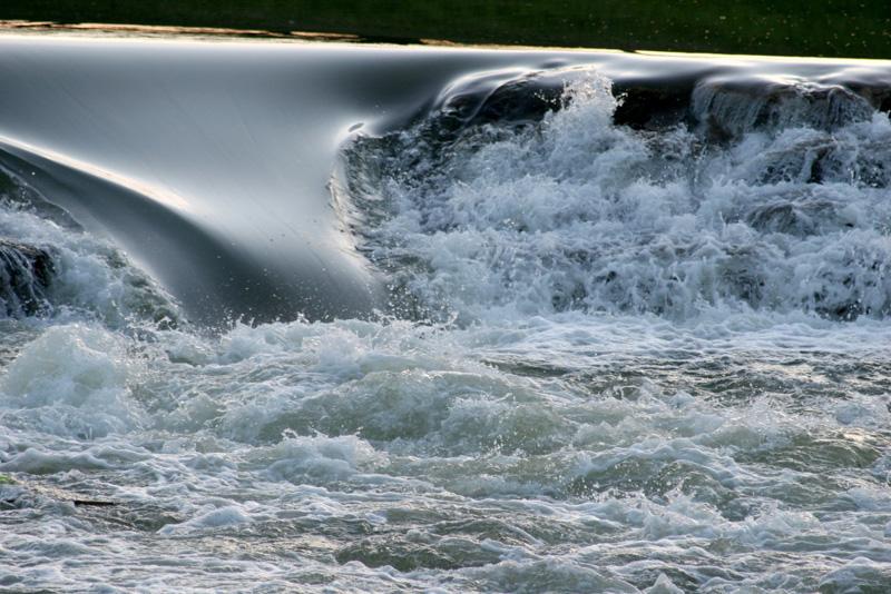 Silken Wave