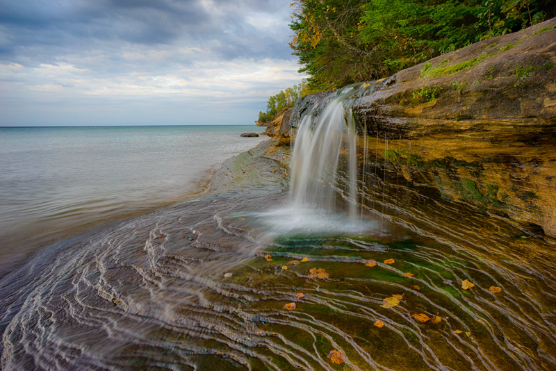 A small falls that flows into Lake Superior