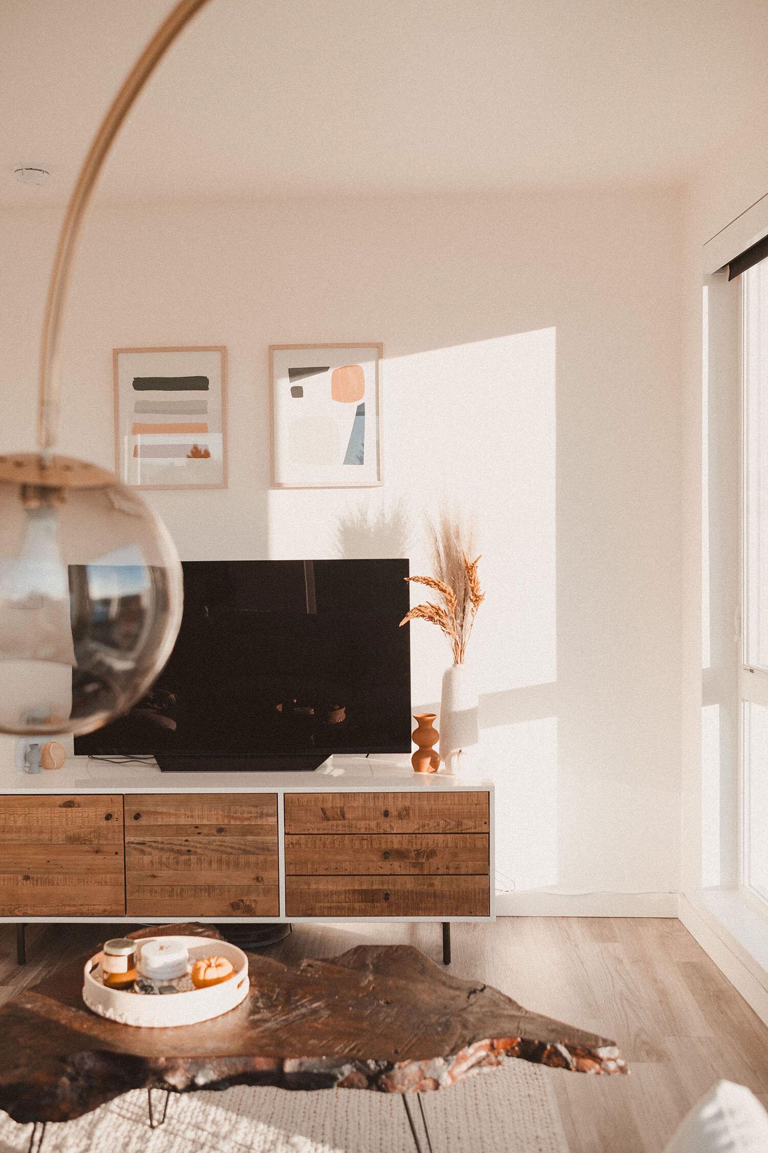 Bohemian Minimalist Portland Apartment Interior Design Phoenix Mackenzie Collier Interiors