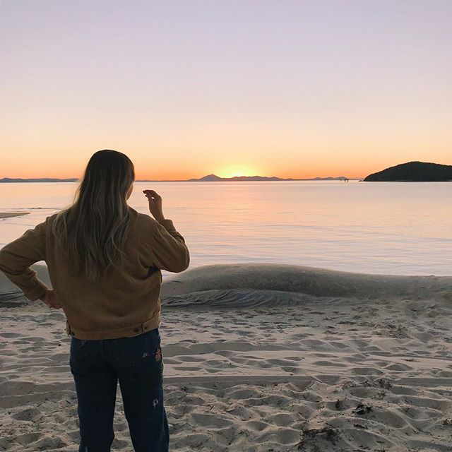 Made it just in time to see this cracker sunset. Who's making the trip to paradise for the first #countryonkeppel? 🌞🐠 @greatkeppelislandhideaway