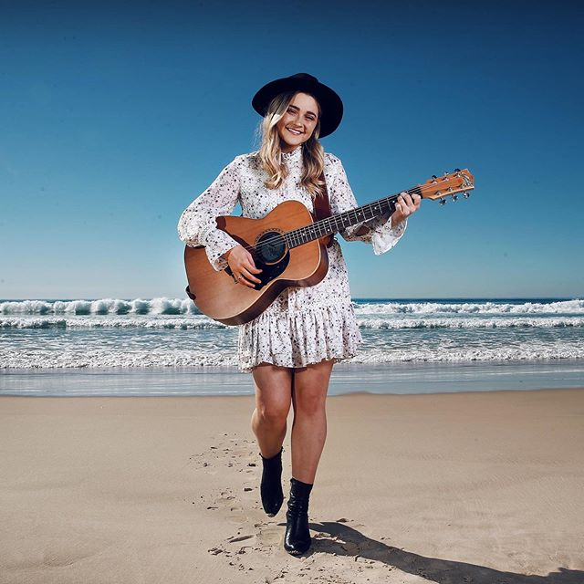 Did you spot me in the @couriermail today? Check out my stories for the write up 😻 You can also catch me bright & early tomorrow morning on ABC Gold Coast chatting about @groundwatercmf & even having a lil' sing song. 7am on 91.7fm. Yeehaw. I'm struggling to contain my excitement!! 🌸 // 📷 @adamhphotos