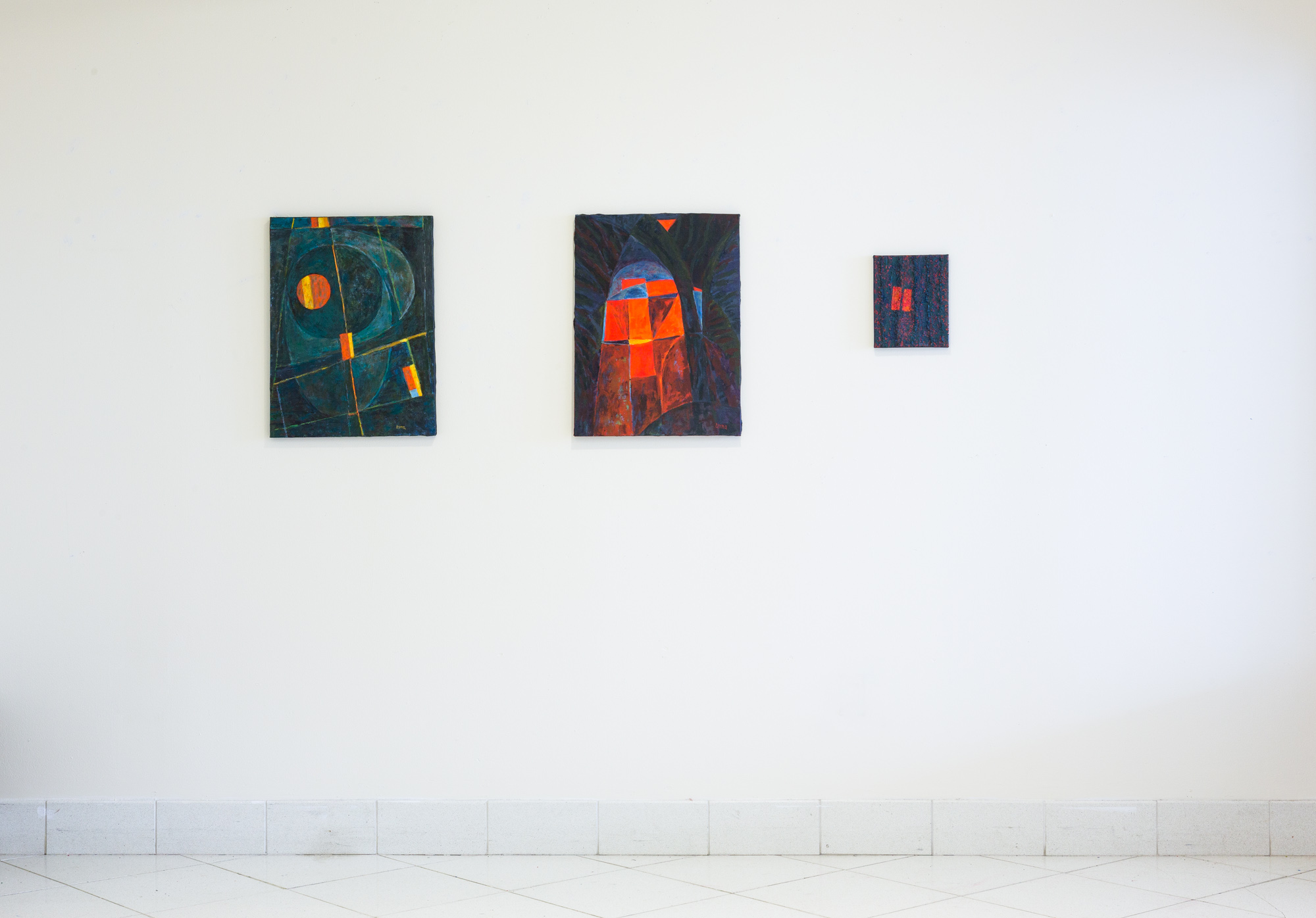 Fred Terna, Tangents to Ovals , 2016, Acrylic on Canvas, 24 x 18 inches (left);  Echo Gate , 2016, Acrylic on Canvas, 24 x 18 inches (center); Passways 5 , 2016, Acrylic on Canvas, 10 x 8 inches (right)