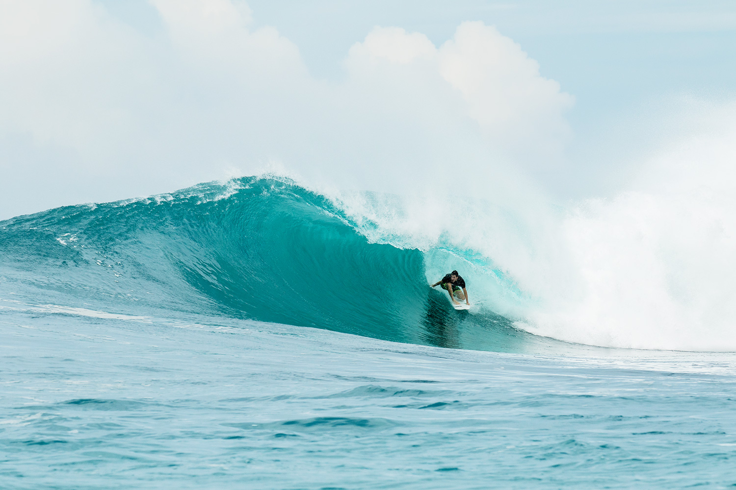 botik resort mentawais barrel 12.jpg