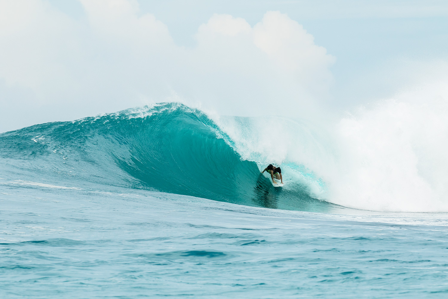 botik resort mentawais barrel 13.jpg