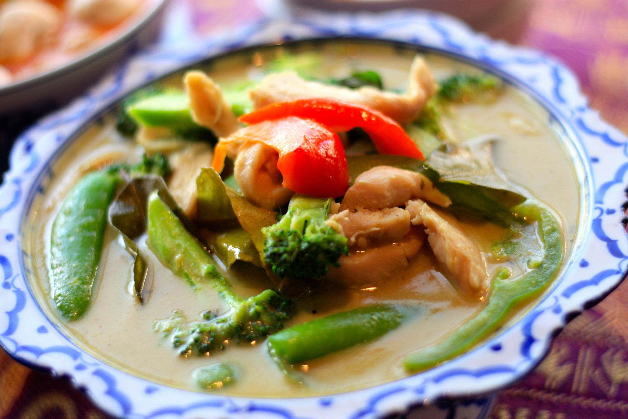 Gang-Keauy (Green Curry)