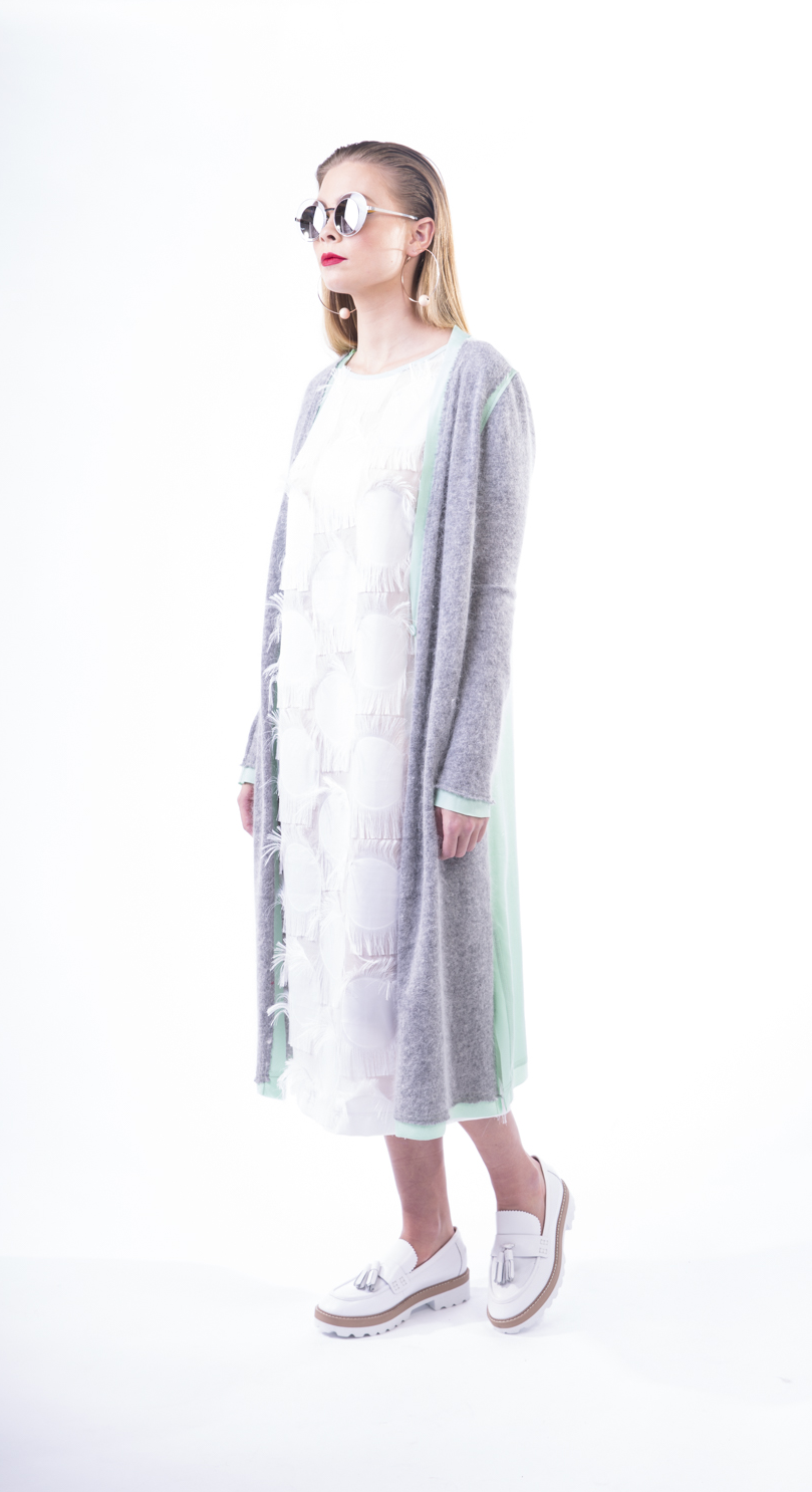 GREY HARE CARDY 1.png