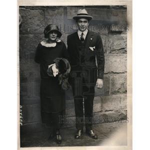Walter & Beryl Ward, 1923.