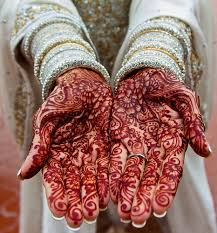 The result of the application of  henna dye on the skin it is/ can now be called  mehndi . Henna as a tattoo or body art is called a  mehndi .