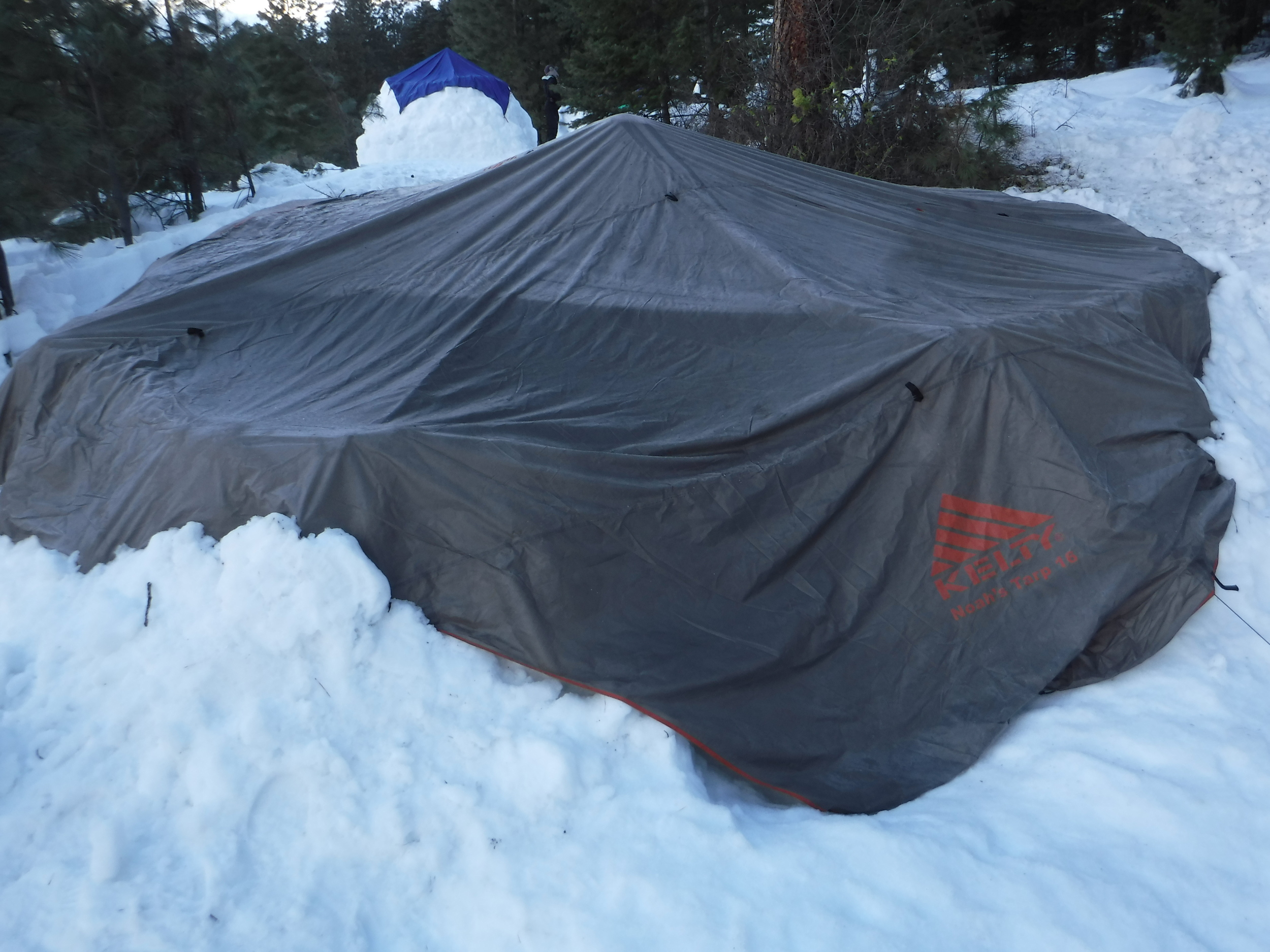 Kelty Tarp shelter. Room for six.