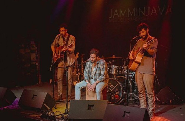 Had an awesome time playing at @jamminjava🤘🏼thanks @breakfastperiod for having us 🙏🏼 you guys are amazing. We'll be at @riverhillgrill tomorrow for more fun. Come through if you're able! 8-11 we'll be gettin it 👌🏼✊🏼 pc: @secondhand_geeb