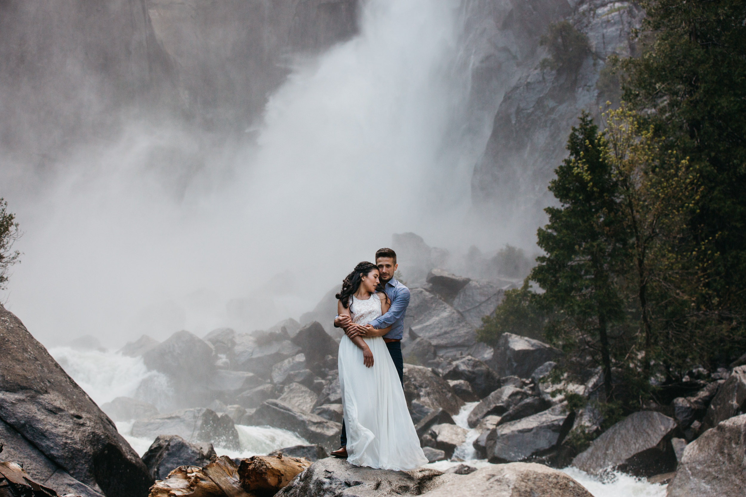 taft_point_yosemite_engagement_session-2.jpg