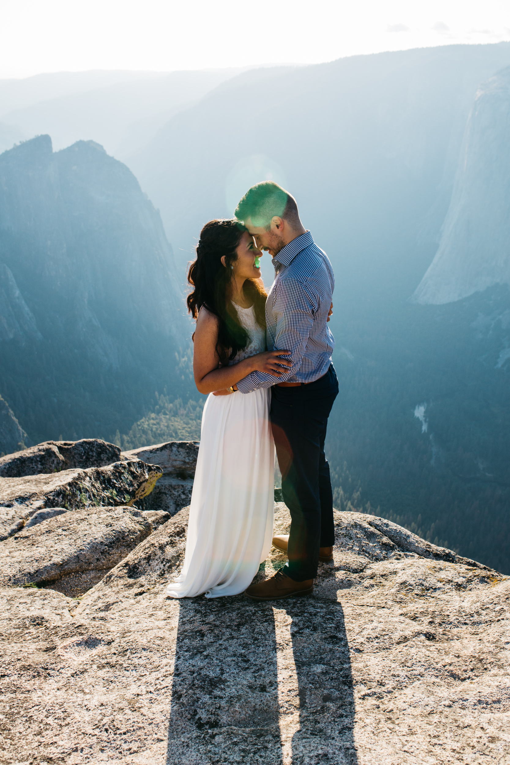taft_point_yosemite_engagement_session-4.jpg