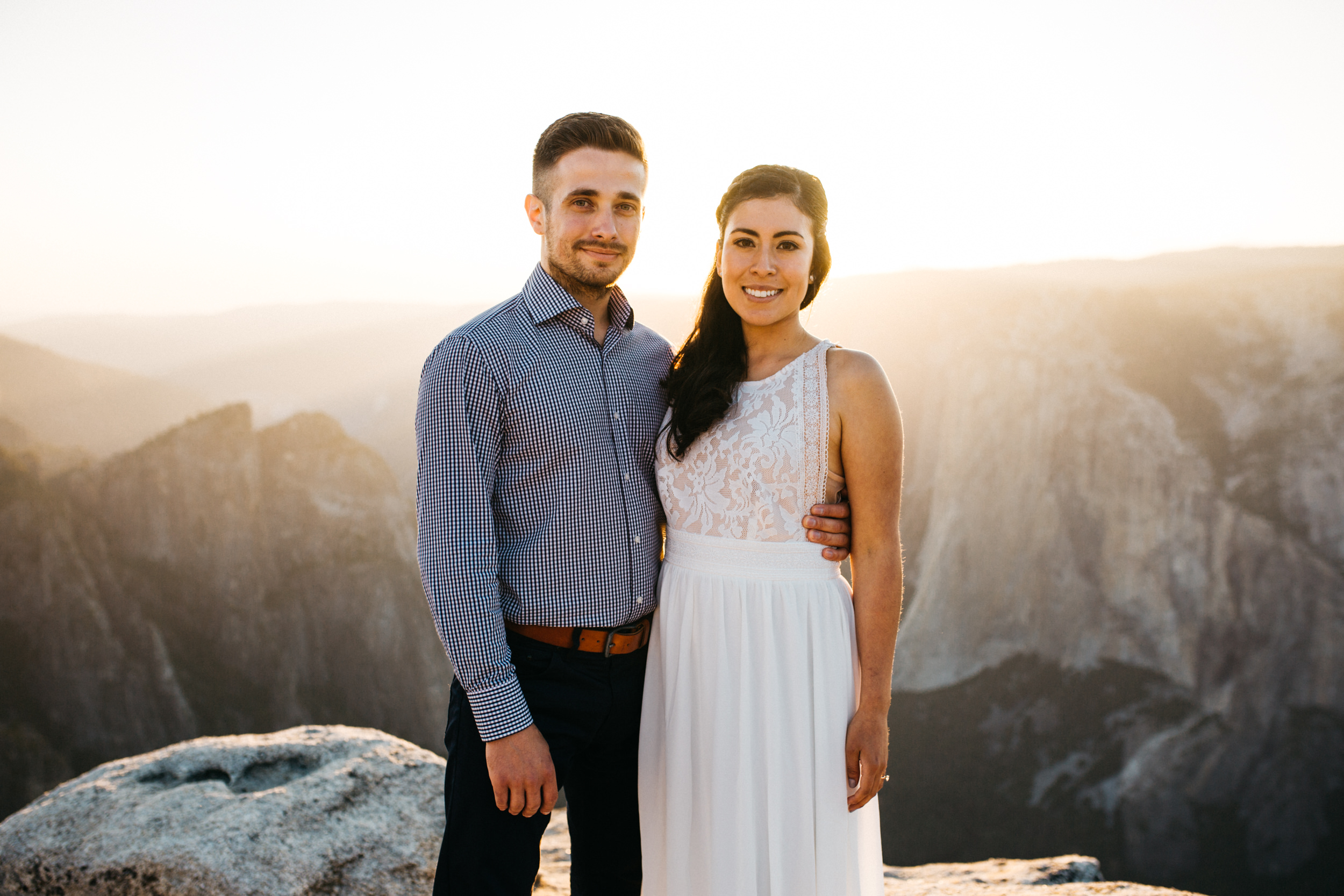 taft_point_yosemite_engagement_session-12.jpg